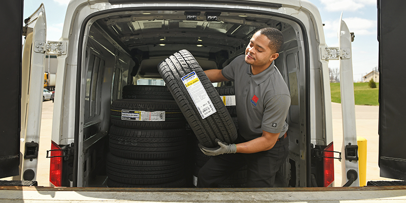 TireHub delivery warehouse