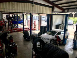 Eagle Tire Pros garage